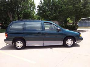 Ford Windstar Handicap/Wheelchair Accessible Side-Entry Clean Title